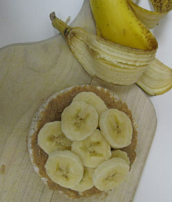 rice cake with peanut butter & banana