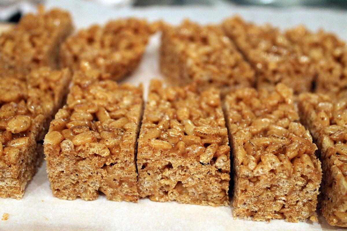 krispie treats peanut butter crispy peanut butter rice krispie using ...